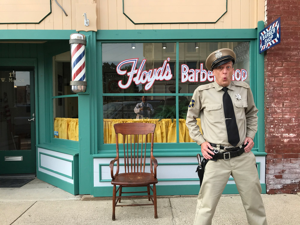 Barney Fife Impersonator Rik Roberts in the Mayberry Man Movie